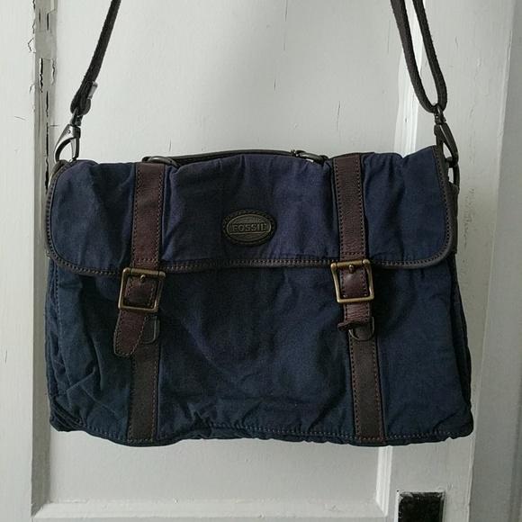 13dc23fe9b Fossil Other - Fossil Men s Estate Wax Canvas Portfolio Bag